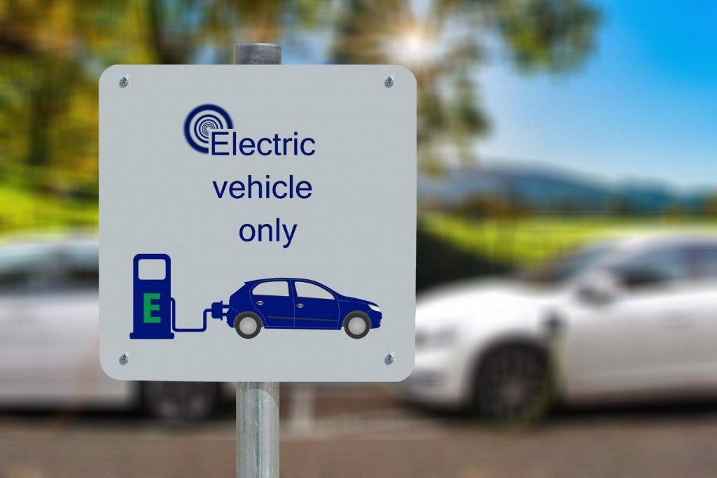 Elektroautos werden als Dienstwagen immer beliebter.